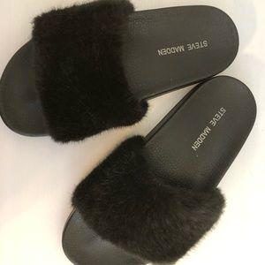Steve Madden Black Softey fur slides 6